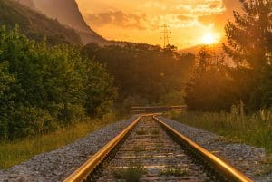 Public Service Obligations in the Railway Sector: The EU's Regulatory Self-Restraint as Part of the Problem?